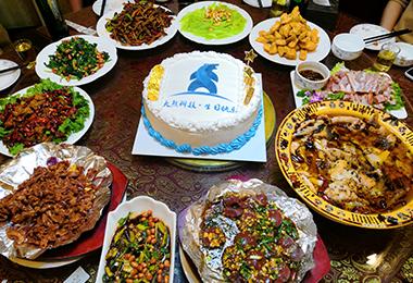 为公司庆生祝大熊科技3周年生日快乐